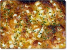 ドッグ風米粉パンを使用したピザトースト
